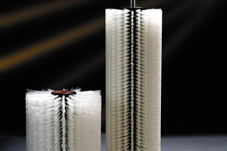 Detalle de rodillo cilindro blanco