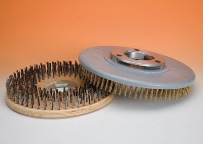 Cepillo de acero para fregadoras